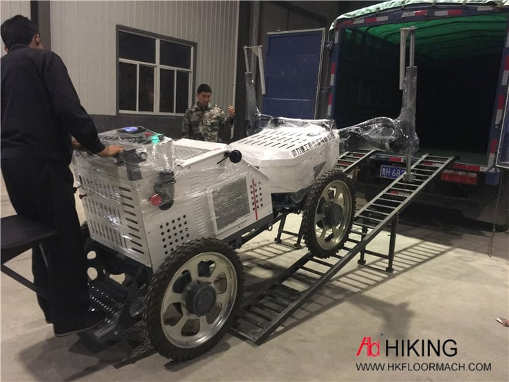 S940 Ride on concrete laser screed machine 9